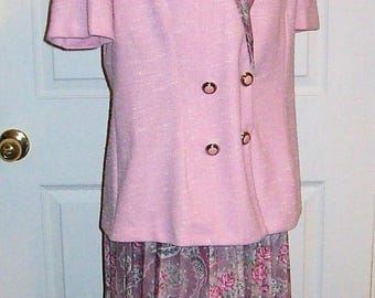 Vintage Ladies Pink Short Sleeve Blazer Suit w/ Floral Pleated Skirt by Pablo Collection Size 10 Only 12 USD
