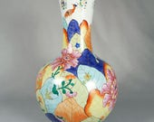 Large Porcelain Tobacco Leaf Vase, Lowestoft reproduction by Mottahedeh, 14 inches tall