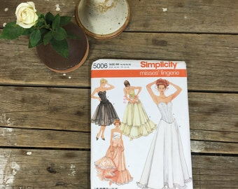 Petticoat Slip Pattern, Simplicity 5006 size 14-20, crinoline, dress, sewing, crafting,  UNCUT pattern, women, ladies, girls