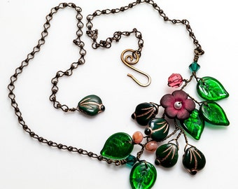 Green and Crimson Floral Necklace,