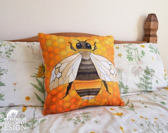 Bumble Bee Illustration Throw Cushion, Pillow, Cushion Cover, Decorative Cushion, Home Decor, Bee Gift