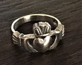 Traditional Celtic Style Claddagh Ring in Sterling Silver .925 - Nice Chunky Weight - Great Friendship Gift - BFF