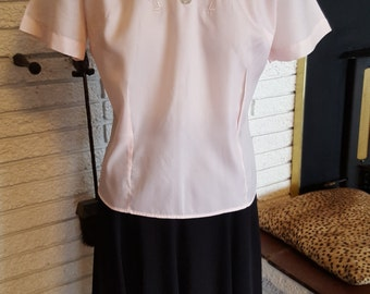 1950s Pink Nylon Blouse !! Size Medium!