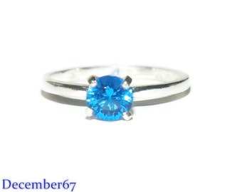 1 Carat Blue Spinel Ring, Four Prong Engagement Ring, Lab Created Gemstone
