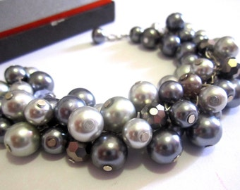 Chunky Gray Pearl Bracelet, Gray Bridesmaid Bracelet, Bridesmaid Gift, Bridesmaid Jewelry, Chunky Cluster Bracelet, Pearl Wedding Jewelry