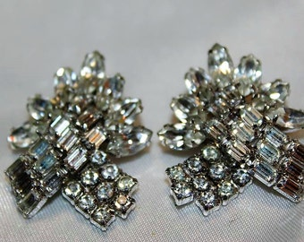 SALE! WEISS Dazzling Exquisite Designer Couture High End Rhinestone Diamante Earrings ED25
