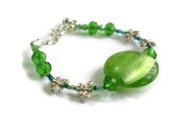 Green Bead Bracelet, Lampwork Bracelet, Butterfly Bracelet, Gifts for Her, Green Bracelet, Boho Bracelet,Foiled Glass Bracelet, Gift for Mum