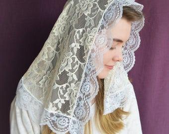 Cream and White Mantilla | Catholic Chapel Veil Catholic Mantilla Cream Chapel Veil Mass Veil for Mass Robin Nest Lane Cream Veil