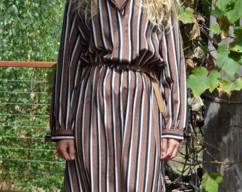 Vintage office day dress retro brown white stripes print long sleeved satin buttoned belt 1960's 70's