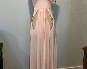 Absolutely Lovely Trousseaux by Terris Negligee 1940's