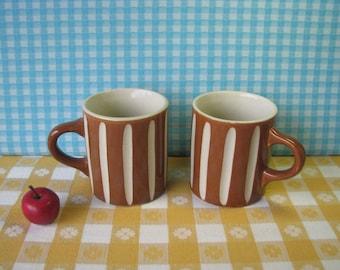 Vintage Stoneware Coffee Mugs - Vertical Stripe - Set of 2 - Caramel - Drip Glaze Pottery - 1970's