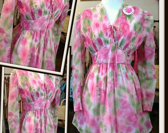 SALE Vintage Pink Green White Floral Print Mini Dress with Attached Sash