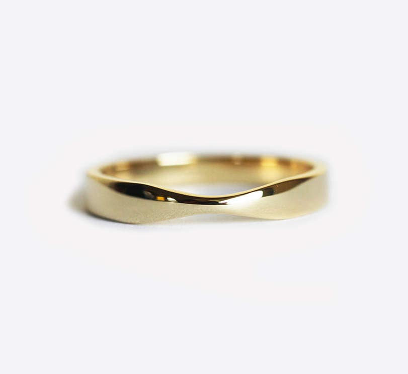 yellow gold wedding ring gold womens wedding band simple. Black Bedroom Furniture Sets. Home Design Ideas