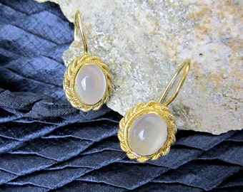 Moonstone Filigree Earrings Vintage Cat's Eye Chalcedony & Sterling Silver, Gold Wash, Lever Back, Early 1990s.