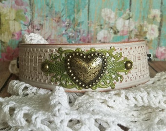 GoLd HeArT Leather Cuff Bracelet> Heart Jewelry/ Leather Cuff Bracelet/ Boho Chic/ Green/ Love/ Modern Romance/ Feminine/ Summer Jewelry