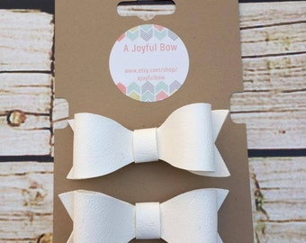 White set of toddler vinyl felt bows, toddler bows, 1st birthday, toddler birthday,  felt bows,  toddler gifts, young girls
