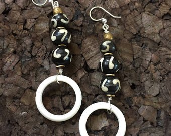Afrocentric Jewelry - Kenyan Batik Bone Earrings