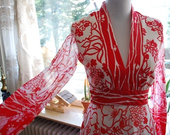 Vintage 60's/70's Red And White V-Neck Full Length Dress
