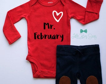 Boys Valentines Day Outfit, Valentines Bodysuit, Boys First Valentines, Boy Outfit, Baby Shower Gift, Newborn Gift, Baby Outfit, Valentines