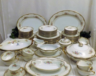 Antique 1933 Noritake Elaine Fine China Dinnerware Service for 8