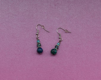 Deep green drop earrings