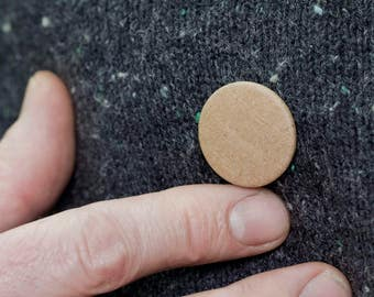 recycled corrugated card button badge / pin