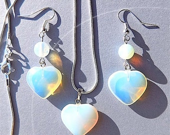 Moonstone necklace and earring set, Moonstones, hearts and rounds.