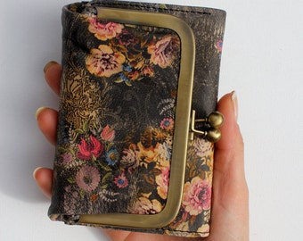 Evanna Vintage Style  Leather Wallet Floral 21