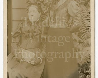 Cabinet Card Photo - Outdoor Portrait Victorian Mother and Daughter - Porter Bros. of Hampstead England - Antique Photograph