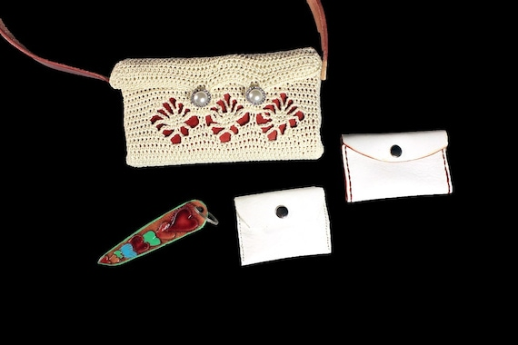 Handbag, Shoulder Bag, Purse, Leather Card Case, Leather Change Purse, Hand Tooled Key Chain, Winter White and Red, Handmade, Crochet