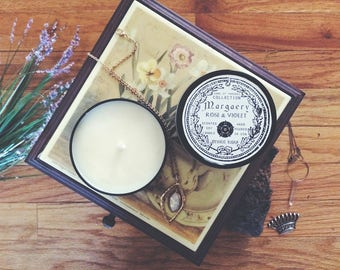 Margaery Tyrell Candle   Game of Thrones   Rose & Violet   8 oz soy candle in black tin, nerdy gift, geeky gift, rose candle, bookish candle