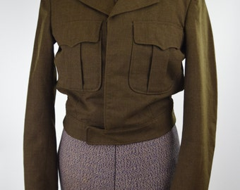 50s Military 'Ike' Eisenhower Cropped Wool Jacket // Classic Warm Earthy Olive Drab // Timeless Fall Fashion // 34 Long