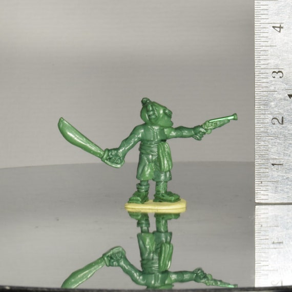 Goblin Pirate Miniature Sculpt - Sword and Pistol - 1x Kneadatite Master Miniature Figurine