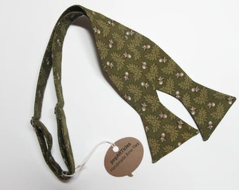 Freestyle Olive Oak Leaf Bow Tie - Handmade Men's Self-Tie Bow - Green Floral Bow Tie - Oakleaf Bow Tie - Olive Bow Tie - Green Bow Tie