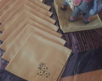 Pretty Vintage Lot of 10 Gold Cloth Napkins With Floral Design PLUS 4 plain Gold Ones