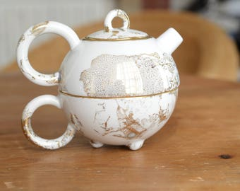 Tea for one, teapot Matteo Thun for Arzberg decorated with fine gold
