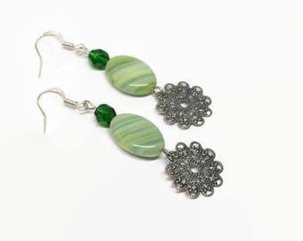 Green Filigree Dangle Earrings, Green Filigree Earrings, Emerald Filigree Drop Earrings, Green Bridesmaid Earrings, Green Prom Earrings