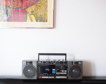 AIWA Boombox Stereo CS-250C / Loud little ghettoblaster!/ 1980s