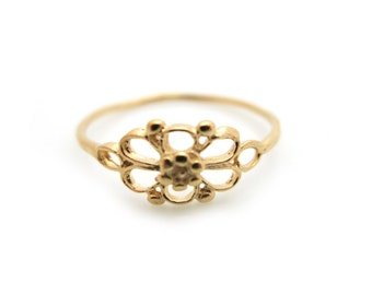 Flower Ring, Gold Thin Ring, Minimalist Ring, Gold Flower Ring, Bridesmaid Gift, Simple Ring, Gift for Her