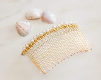 Pearl Hair Clip, Pearl Hair Comb, Pearl Hair Jewelry, Dainty Simple Classic Pearl Comb, Bridal Pearl Headpiece, Bridesmaid Pearl Hair Comb