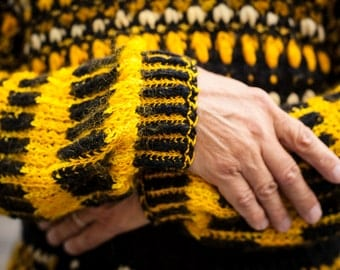 """Special collection """"BVB - in SchwarzGelb at home"""" sweater"""