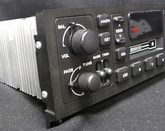 1984-2002 Chrysler Jeep Dodge Car Truck CS & AM FM Radio Part Number P04858556