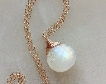 Rainbow Moonstone Necklace, Rose Gold Necklace, Rose Gold Moonstone Necklace, Rainbow Moonstone Pendant, Rose Gold Pendant
