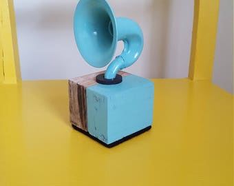 Bluetooth 'Gramophone' mini horn speaker