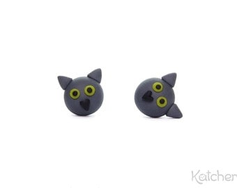 British Shorthair Cat With Yellow Eyes - Cute Cat Earrings - Handmade Cat Jewelry From Fimo/ Polymer Clay - Great Gift for Cat Lovers
