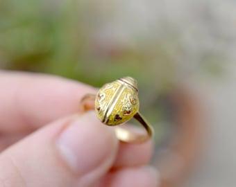 18K Yellow Gold Enamel Love Bug Ring, 18K Gold Lady Bug Ring, Gold Lady Bug Jewelry, 18k Enamel Ring, Gold Lady Bug Ring