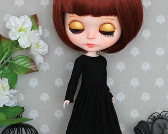 Simple black dress for Blythe, Azone pure neemo L/M/S, Momoko, Obitsu 24 and same size 1/6 doll
