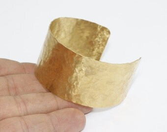 1 Pcs 30x155mm Hammered Bangle, Raw Brass Cuff Bangle , Hammered Cuff Bracelet, bangle, TFK3