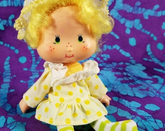 80's Toy ~ Lemon Meringue Doll ~ Strawberry Shortcake Friend ~ American Greetings Corp ~ Lemon Yellow ~ Action Figure ~ My Nostalgic Life