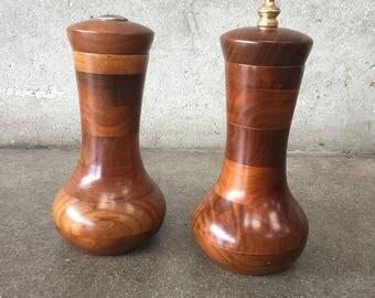 Vintage Teak Salt & Pepper Shaker (N4PREH)
